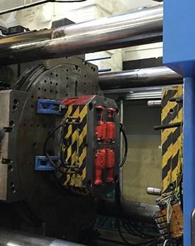 Handle1-2K injection molding