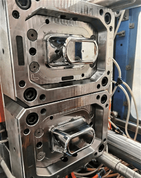 Thin wall injection mold