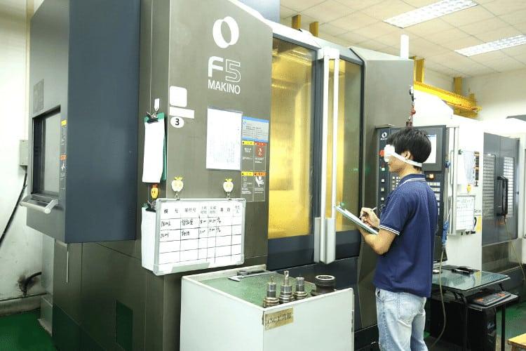 CNC Machine-Mold Manufacturing