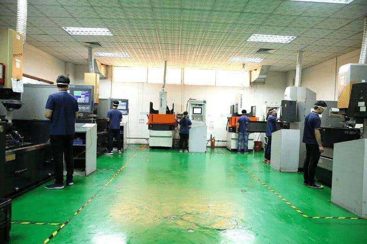 EDM Machine-Mold Manufacturing